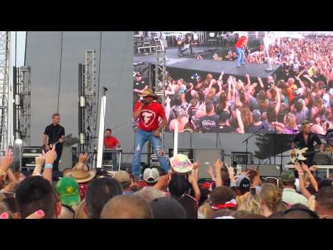 Jason Aldean She's Country Indianapolis 500 Indianapolis Motor Speedway May 24,2014