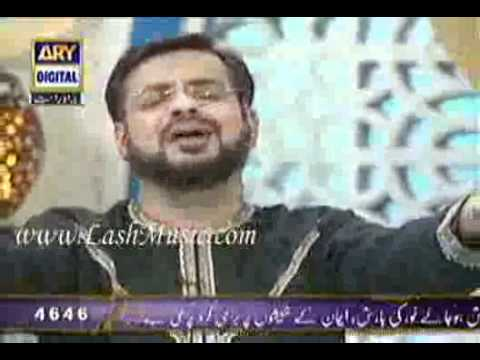 Aamir Liaquat Reciting Mujhay Dar Pay Phir Bulana Madani Madenay Walay In Aalim Aur Aalam.flv video