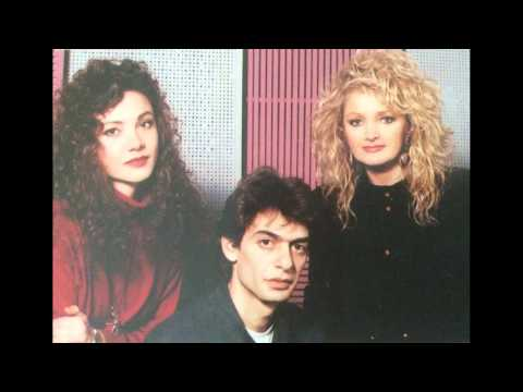 Bonnie Tyler - The Desert Is In Your Heart (With Sophie Arbaniti)