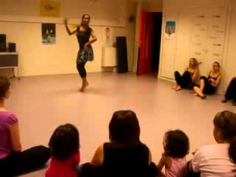 Apsara Ali  Dance ( Triwat School Of Danse , Paris) video