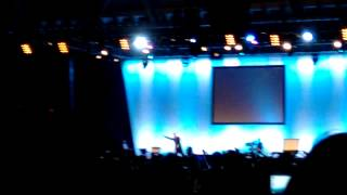 Anthony Robbins Live in Singapore 2015 Finale