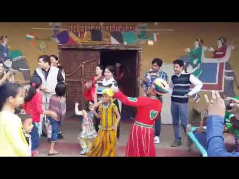 Dolly dance Rajasthani Arra...ra..ra.raah ;)