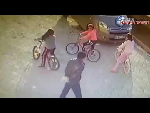 Samsun'da dehşet    Küçük kızın başına taşla vurdu