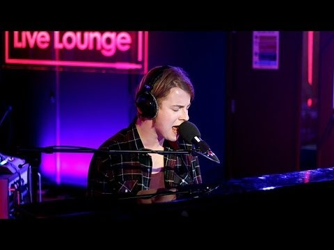Tom Odell - Roar in the Live Lounge