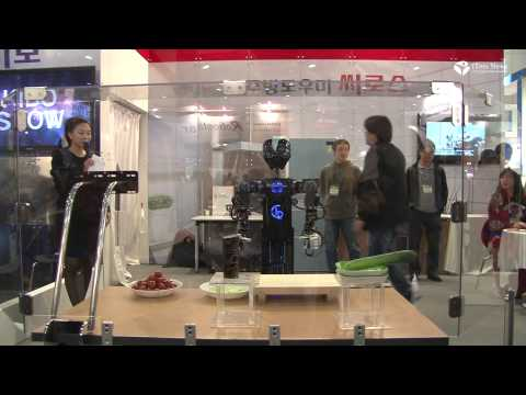 Salad Maker Robot CIROS Robot World 2012 Seoul