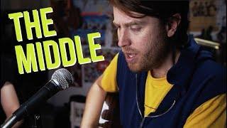 Download Lagu The Middle (Cover) // Zedd, Maren Morris, Grey Gratis STAFABAND