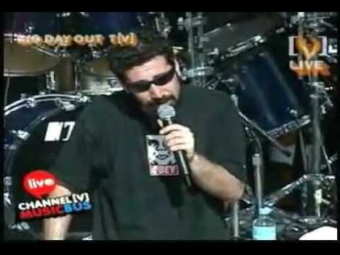 System Of A Down - Big Day Out 2002  -Full-