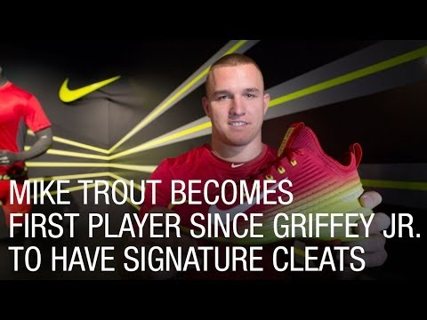Mike Trout Becomes First Player Since Griffey Jr. to Have Signature Cleats