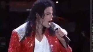 Michael Jackson - Beat it Live