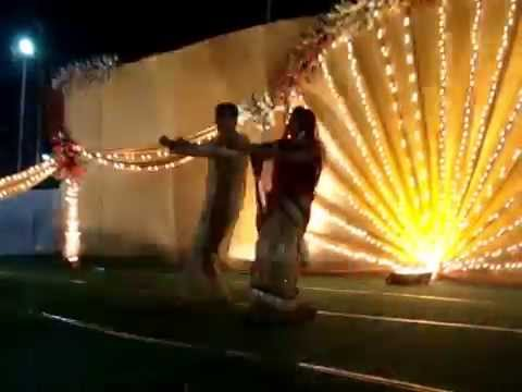 Dance at Indian Wedding Luk chip na jao ji..mara did karwo ji...