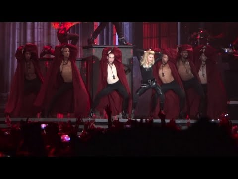 Madonna - Intro + Good Girl Gone Wild (mdna Tour Rio De Janeiro) 02 12 2012 - 1080p video