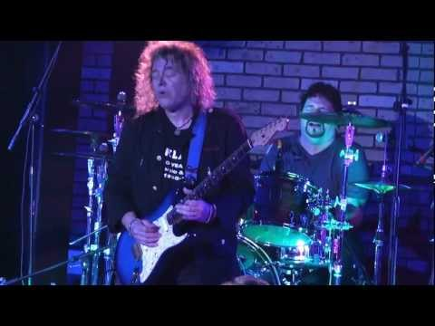 Y&T NYE 2011 DAVE MENIKETTI ~ AVALON NIGHT CLUB ~ PHIL KENNEMORE BENEFIT