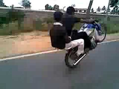 Bike Tricks Video bangalore bike stunt videos