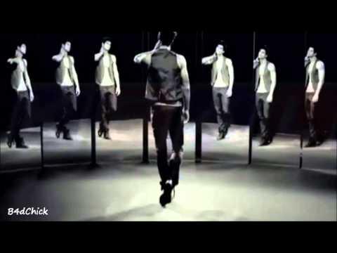 Demet Akalın – Kalbindeki İmza / Orjinal Video Klip 2013