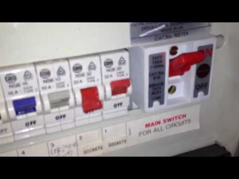 Electric socket circuit is tripping - electrician Hendon  electric repair Edgware Colindale