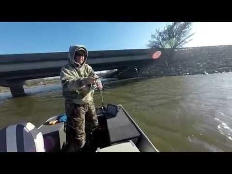 Big Kansas Wiper Caught while Crappie Fishing
