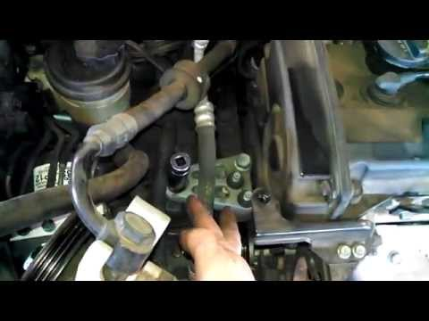 Timing belt replacement  2007 - 2010 Hyundai Tiburon 2.0L Install Remove Replace How to