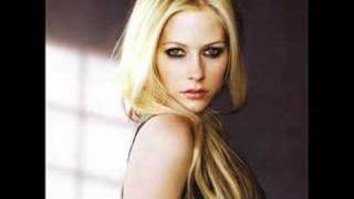 Watch Avril Lavigne Move Your Little Self On video