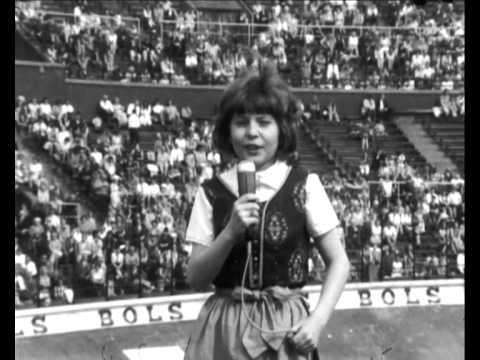Wilma - Een klomp met een zeiltje (Olympisch Stadion 1969)