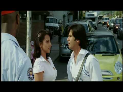 Kismat Konnection - Shahid Kapoor Meets With An Accident video