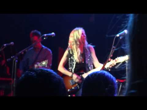 Sheryl Crow - If It Makes You Happy 1/12/12