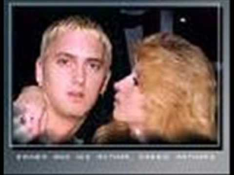 Eminem My Mom canzone + TRADUZIONE