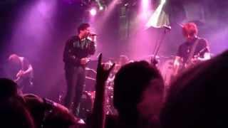 Video Fearless Vampire Killers -  Neon