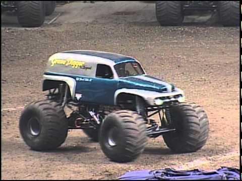 Grave Digger Monster Truck Build Monster Jam Grave Digger The