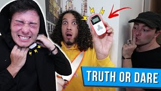 DO NOT PLAY TRUTH OR DARE WITH EVIL TWIN AT 3 AM CHALLENGE!! *I GOT POSSESSED*