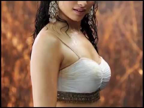 Beautiful south actress sexy wet navel show