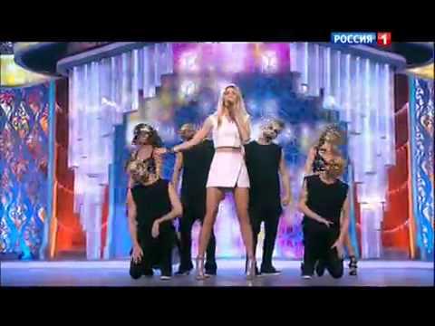 Вера Брежнева - Любовь на расстоянии (Субботний вечер 2014)