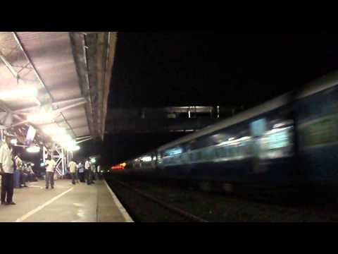 Bangalore Chennai Brindavan Exp With Lgd Wap7 video