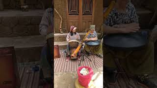 Nhạc công Hầm đất sét - Đà Lạt