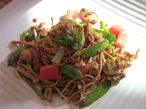 Homemade Chicken Lo Mein(simple and easy)
