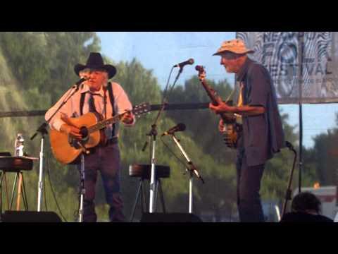 [newportfolk] Ramblin' Jack Elliott & Pete Seeger sing