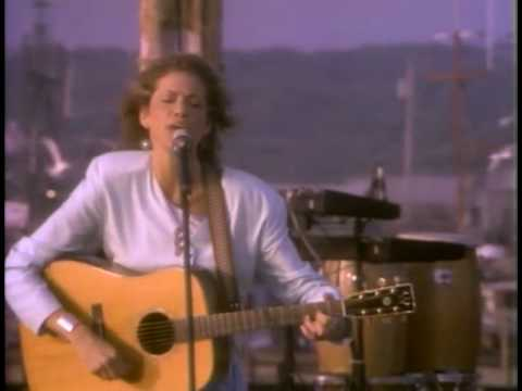 Carly Simon - Make Me Feel Something