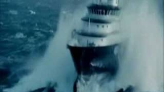 SHIPS IN STORM - INCREDIBLE VIDEO