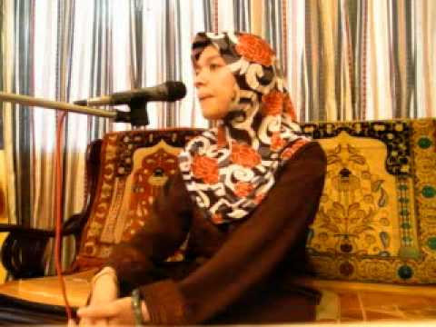 World's Best Celebrity Qariah-sharifah Khasif (malaysia) Reciting Al Quran.mpg video