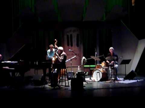 Mundell Lowe Quartet Soundcheck Jazz Live San Diego Tuesday, July 13, 2010