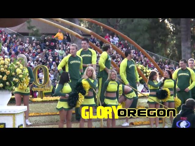 2010 Rose Parade Oregon Ducks Cheerleading Squad Float, 1-1-10