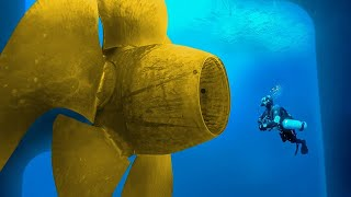 GIANT PROPELLERS' UNDERWATER CLEANING THAT YOU SHOULD SEE