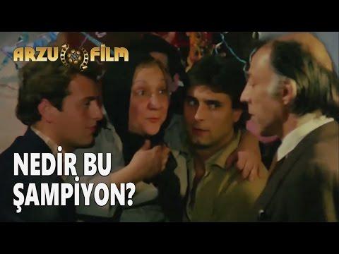 Eski Filmler - Hababam Sınıfı Dokuz Doğuruyor - Nedir Bu Şampiyon?