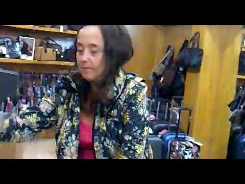 Idoya nos enseña la marca Dots en Bolsos Metro