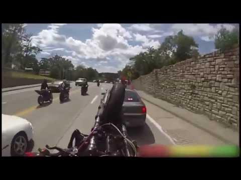 АВАРИЯ с байкером   байкер вьехал в полицейскую машину   реакция полицейского   смешно