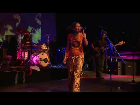 Nneka - Focus