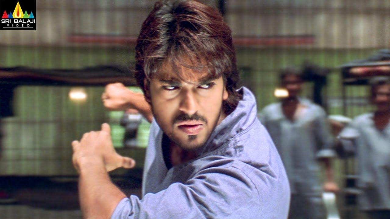 Chirutha Movie Ram Charan Introduction Fight Scene Ram
