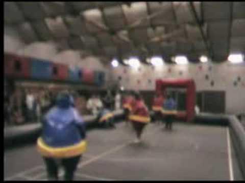 café Concordia speelt Sumo Soccer