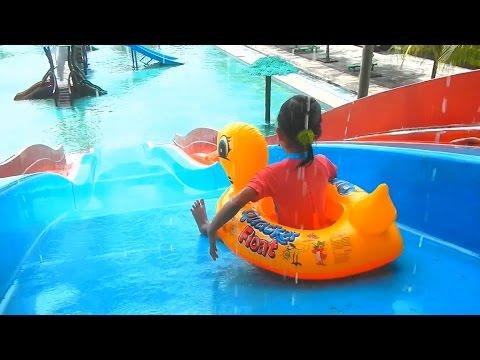 Waterboom PCW Kolam Renang Anak Asik - Waterboom Children's Pool