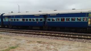 MGS WDM3A 13168 AGC KOAA WEEKLY EXPRESS ARRIVED FATEHGARH SILENT ACTION ON 13168