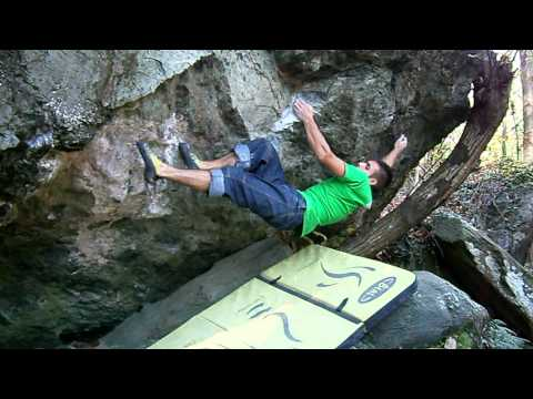 gandalf il grigio (8b+) Francesco Carta varazze bouldering